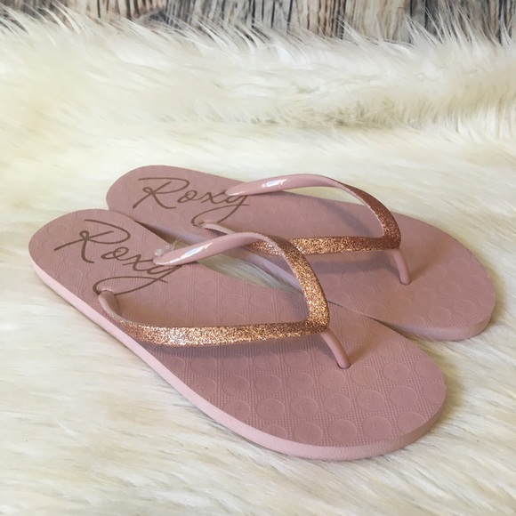 NWOT Roxy Sandals